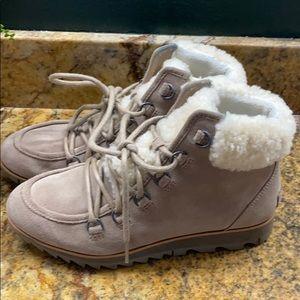 Sorel Women's Harlow™ Lace Cozy Boot